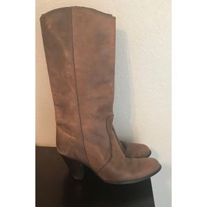 Davos Gomma Boots
